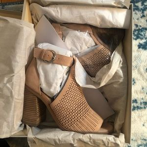 Marc Fisher Shoes - Marc fisher Shoes